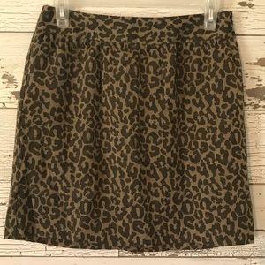 Banana Republic Leopard mini skirt 2P